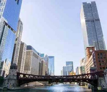 Adelines-Sea-Moose-Chicago-River-charters
