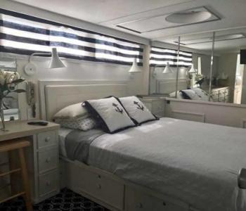 Adelines-Sea-Moose-VIP-stateroom-with-dressing-area-shower-and-head
