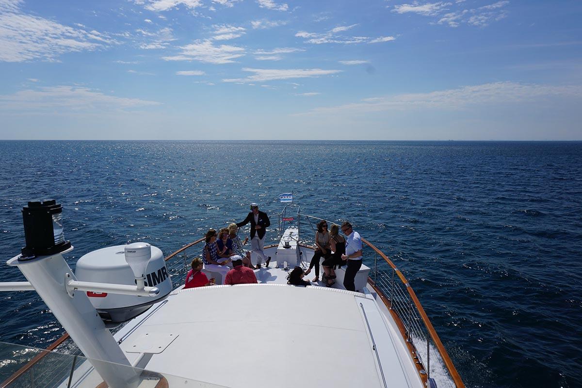 Yacht Lake Crossing