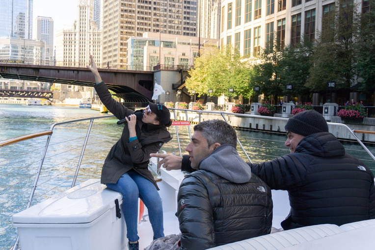 Private Chicago River Boat Tours Learn History Of Chicago