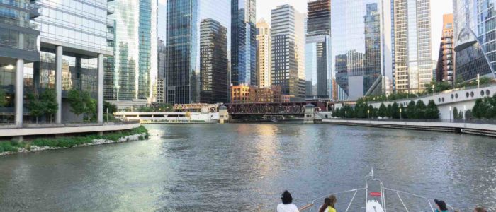A Day Time Cruise Down the Chicago River