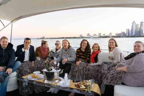 Chicago Private Yacht Rentals DSC04030