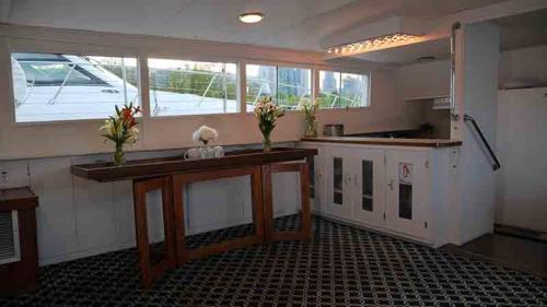 Chicago Private Yacht Rentals  Modern Galley (Kitchen)