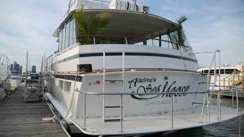 Chicago Private Yacht Rentals  Swim Platform 1
